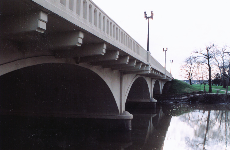 Bridge No. 330 - West Jefferson Boulevard Over St. Mary's River